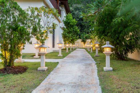 81B Villa by nightfall