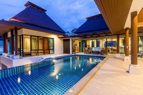 83A Villa by nightfall