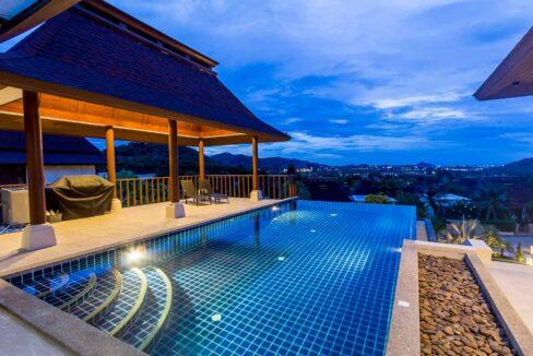 83B Villa by nightfall