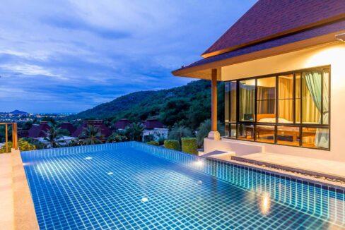 83D Villa by nightfall