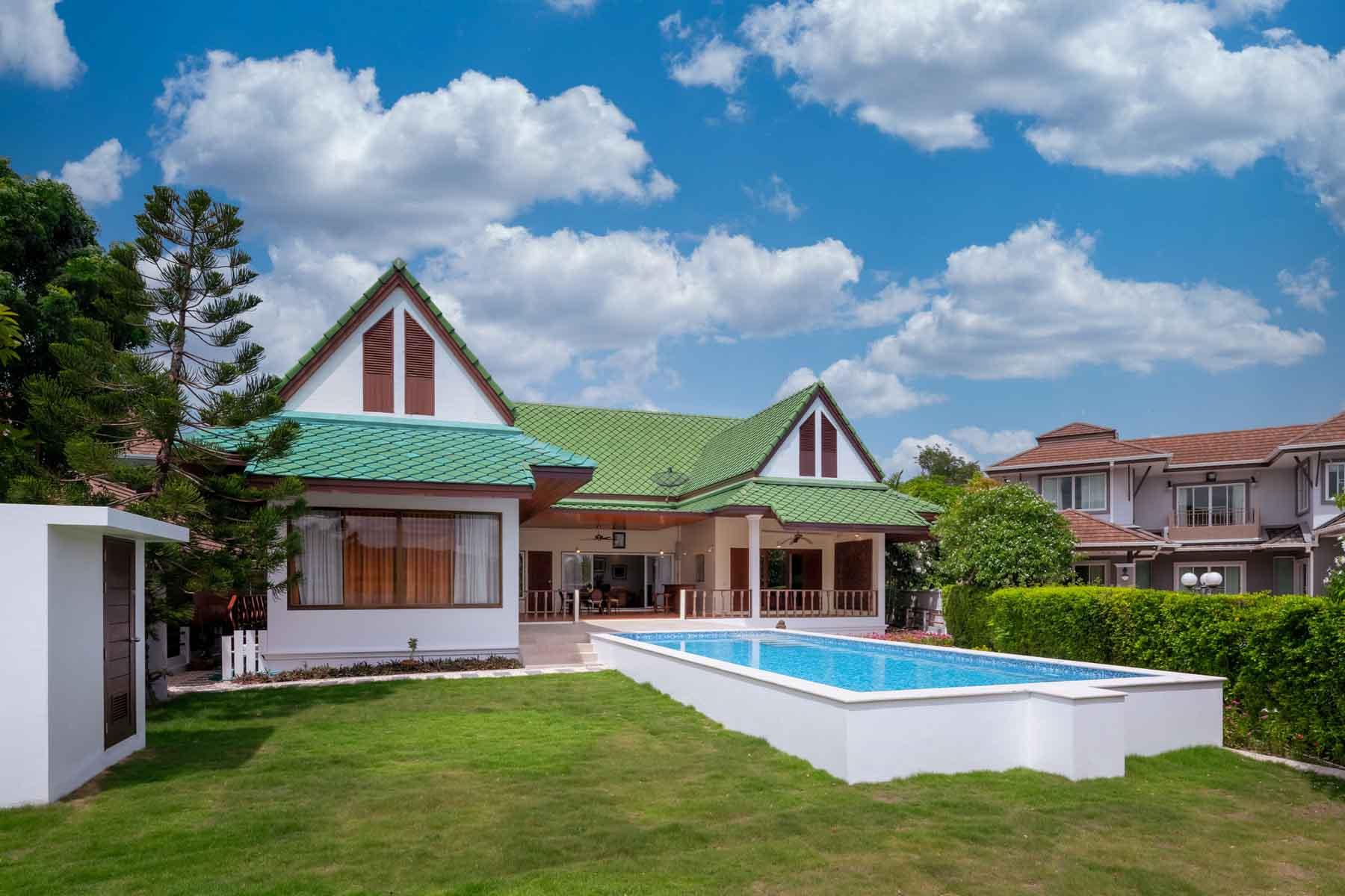 Lakeside Golf Villa in Hua Hin at Palm Hills Golf Resort