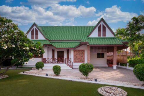 04A Villa entrance