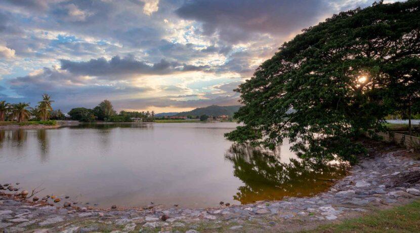 07B Lake view