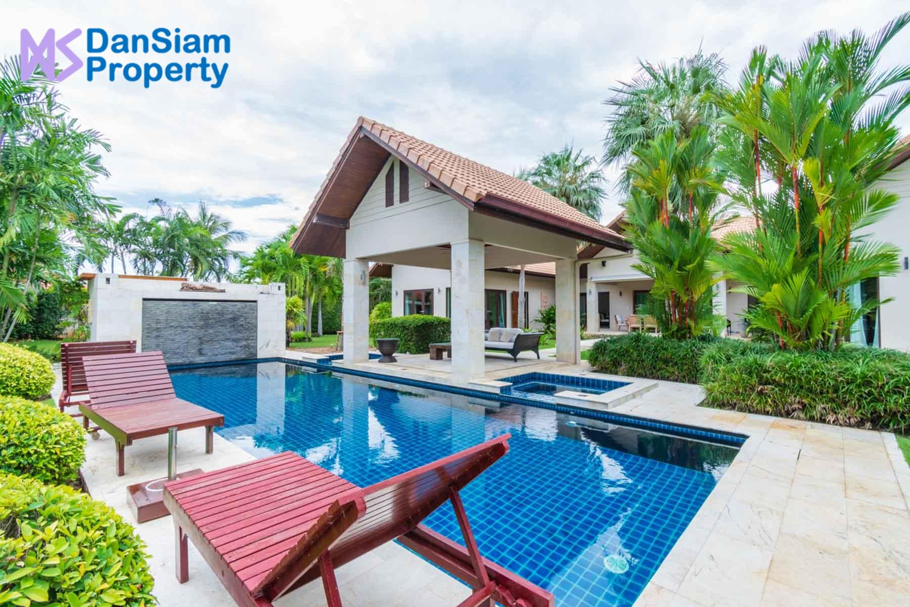 High Standard Villa near Hua Hin in Pranburi at Hana Village1