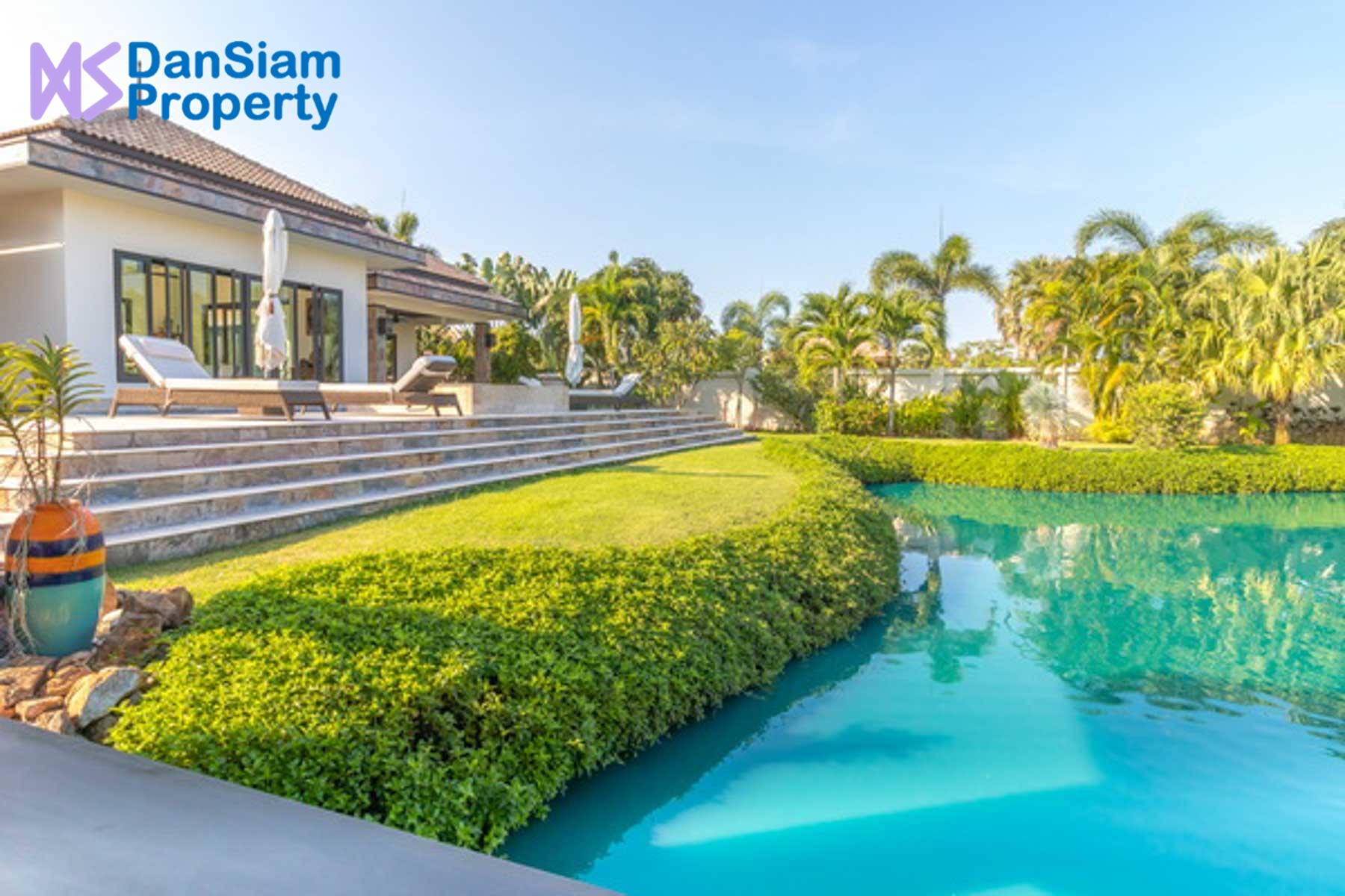 Luxury Bali-style Villa near Hua Hin in Pranburi at Hana Village1