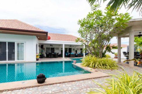 01 Luxury OPH6 pool villa