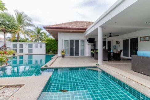 02 Luxury OPH6 pool villa