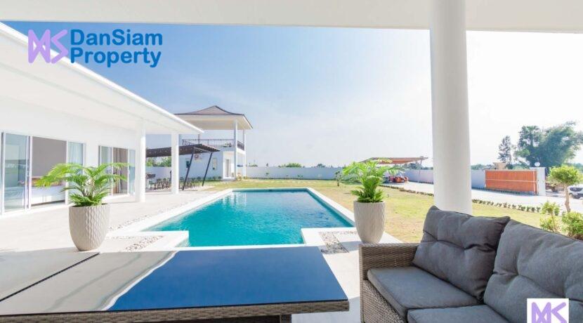 03 Brand new 5-Bed pool villa