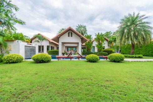 03A High standard Hana villa