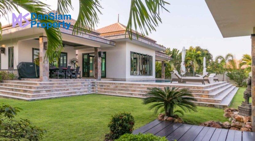 03A Luxury Bali-style pool villa