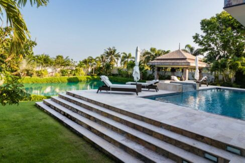 03B Luxury Bali-style pool villa