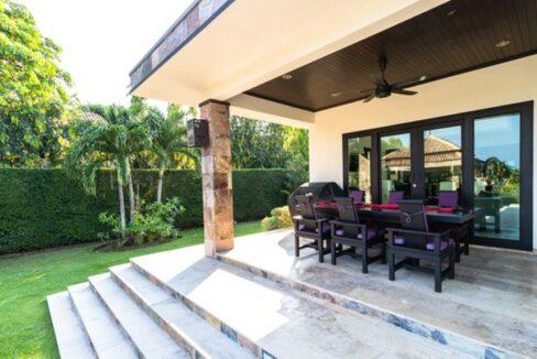 03C Luxury Bali-style pool villa