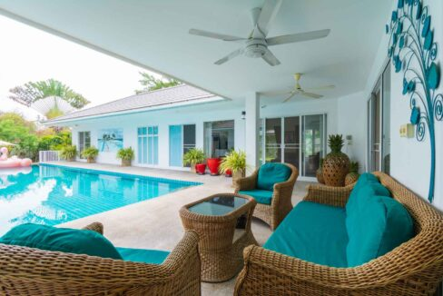 04A Luxury 5-Bed pool villa