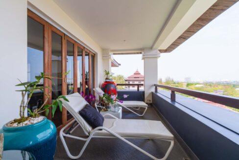 04A Penthouse balcony