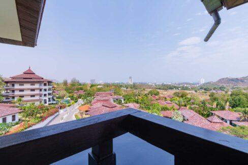 04B Penthouse balcony