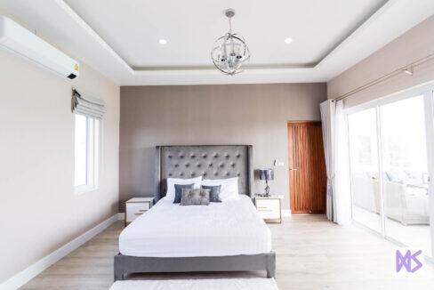 41 Large bedroom#2
