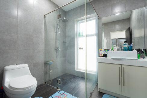65 Bathroom#4