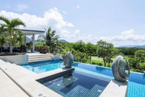 03 High Standard Modern Golf Villa