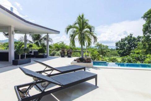 04 High Standard Modern Golf Villa