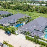 01 High Standard Pool Villa