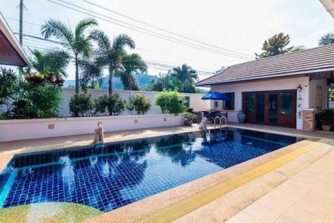 02 Hillside Hamlet Bali style pool villa