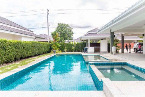 02C High standard pool villa