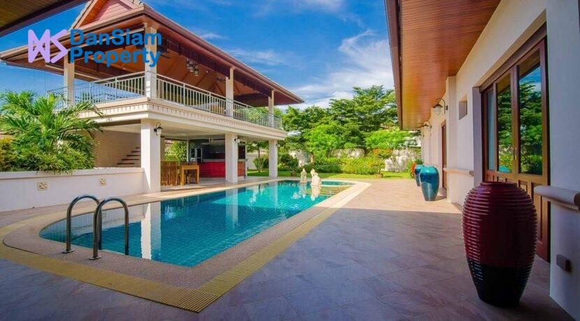 03 Hillside Hamlet Luxury Villa