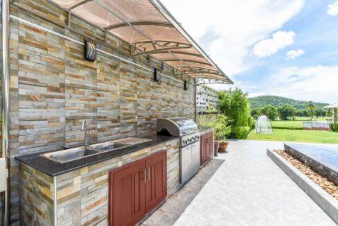 03 Outside BBQ Kitchen