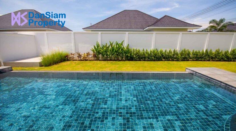 03C Large 40 sqm pool