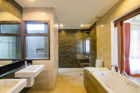 36 Ensuite master bathroom