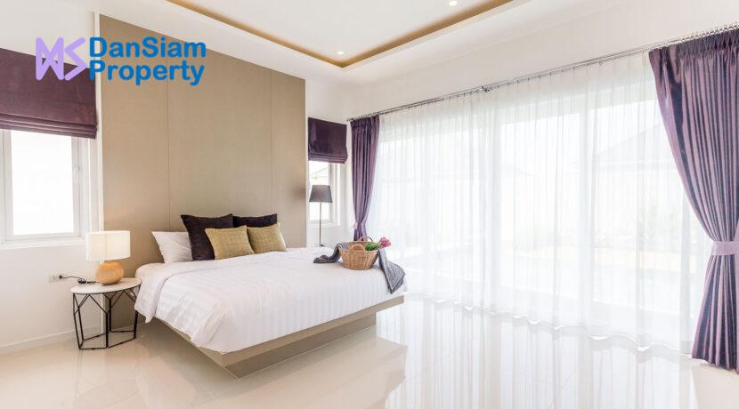 40 Large bedroom#2