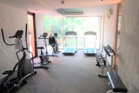 87 Fitness room