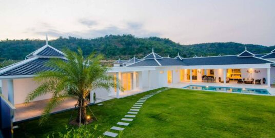 Exceptional 4-Bedroom Pool Villa in Hua Hin at Falcon Hill