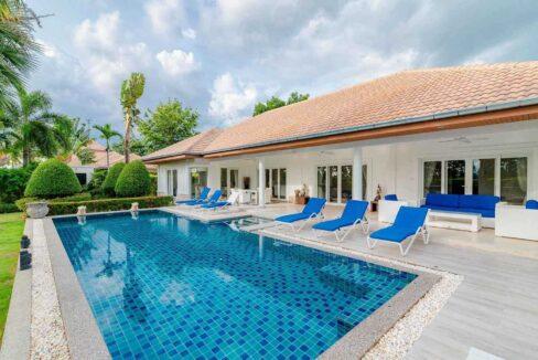 01 Luxury 3 Bed Pool Villa