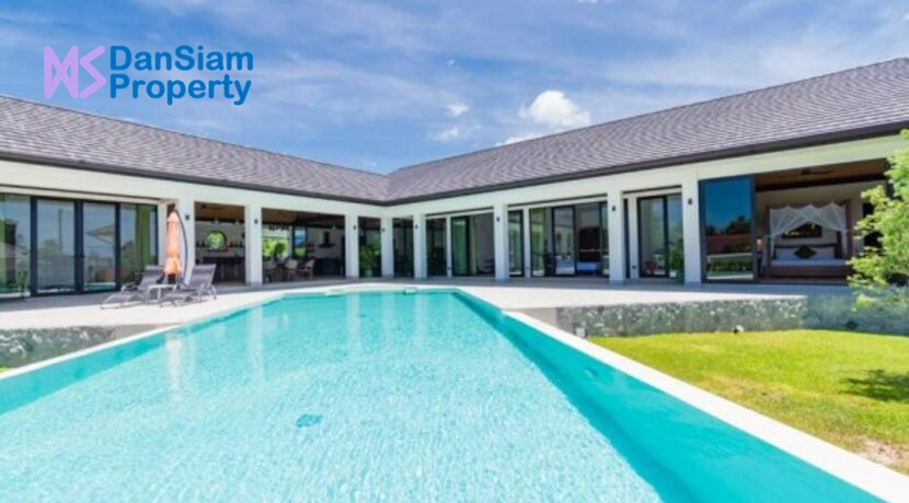 01 Luxury Villa On Large Plot