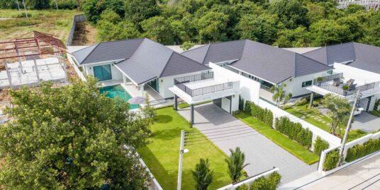 Brand-new Modern Pool Villa in Hua Hin at Baan View Khao