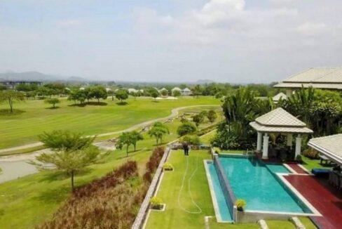 06 Golf Mansion next to Black Mountain Golf Course