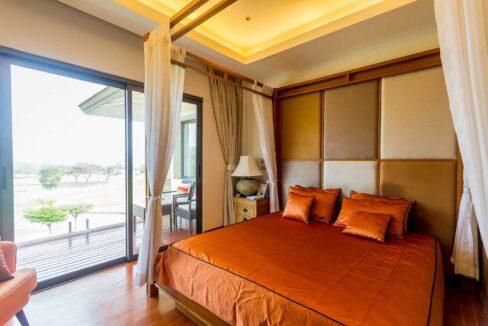 30A Spacious master bedroom