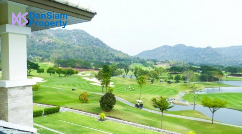 32 Balcony view to golf course