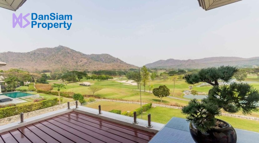 51 Balcony view to golf course