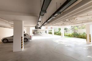 Seacraze Carpark